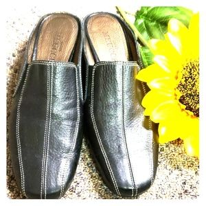 Sesto Meucci leather slip on shoes